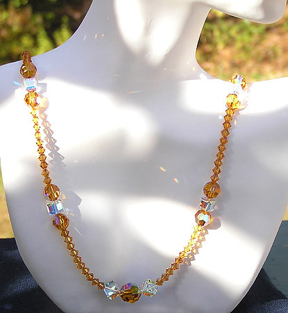 . ~ High Fashion Crystal Bead Necklace ~